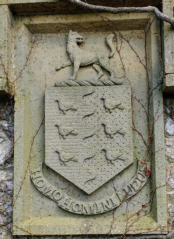 wolf house silverdale coat of arms